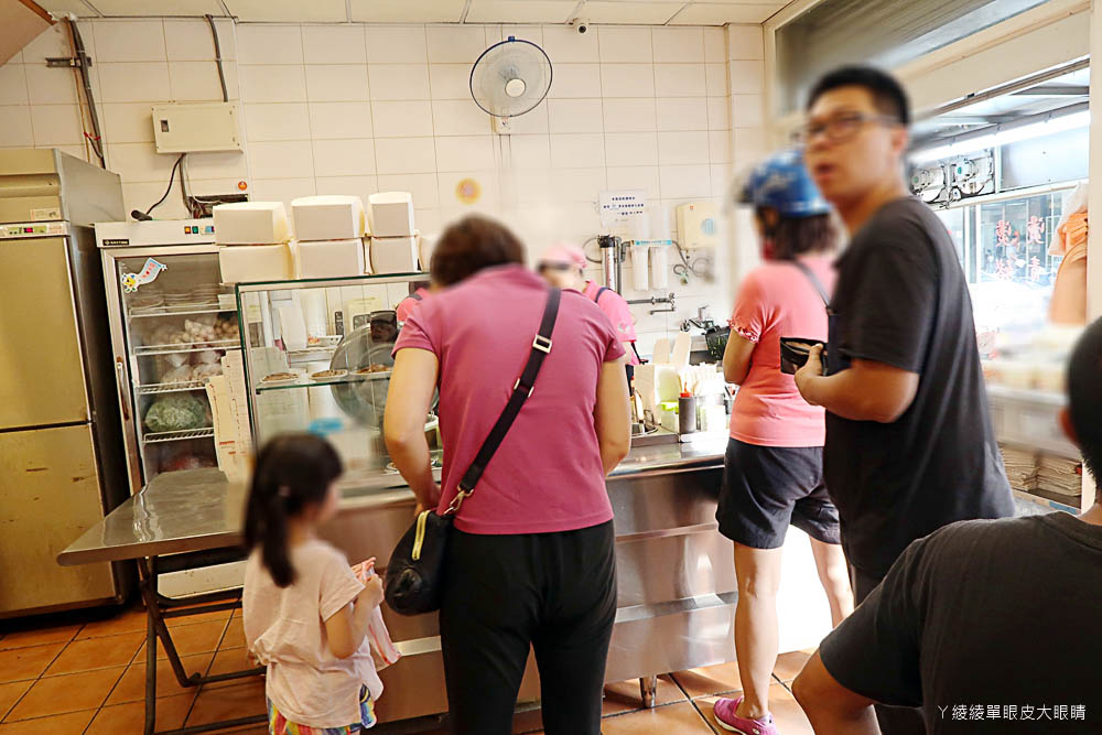 新竹滷肉飯推薦阿明滷肉飯光華店,道地的銅板美食小吃