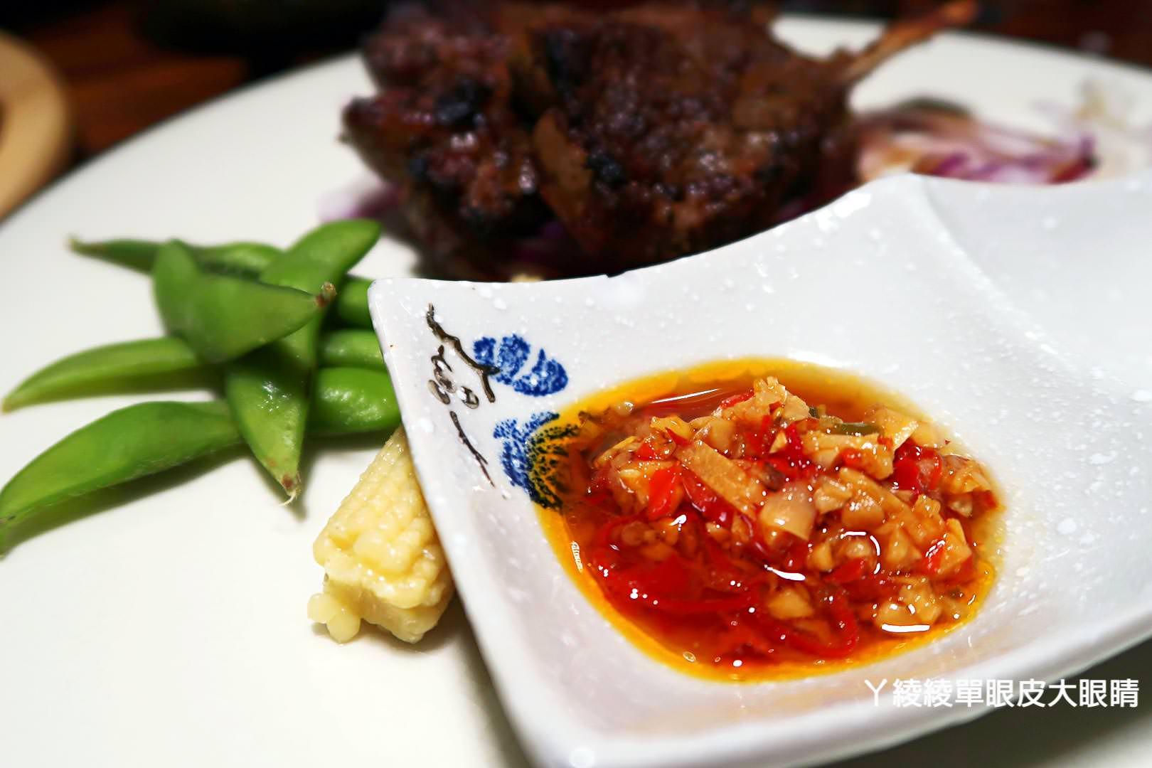 新竹南寮漁港美食,失落沙洲複合式主題餐廳!必點特色窯烤牛排