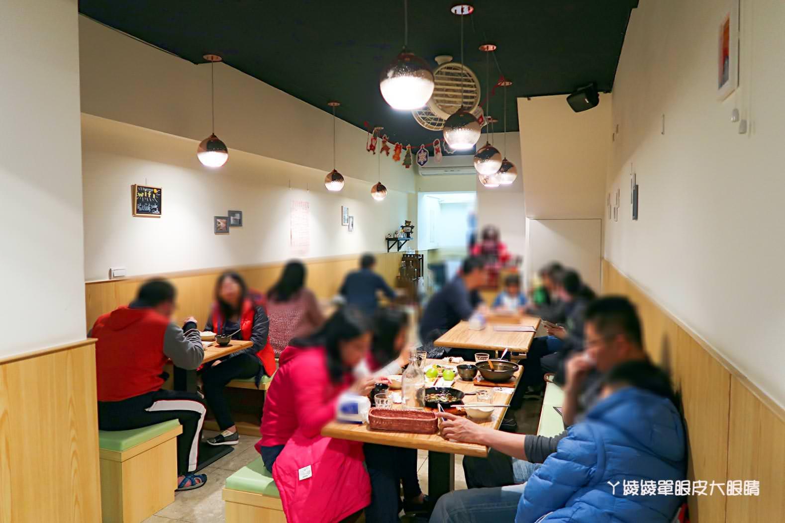 台北捷運中正紀念堂站|隱藏版閣樓在晴天廚房!平價美食推薦
