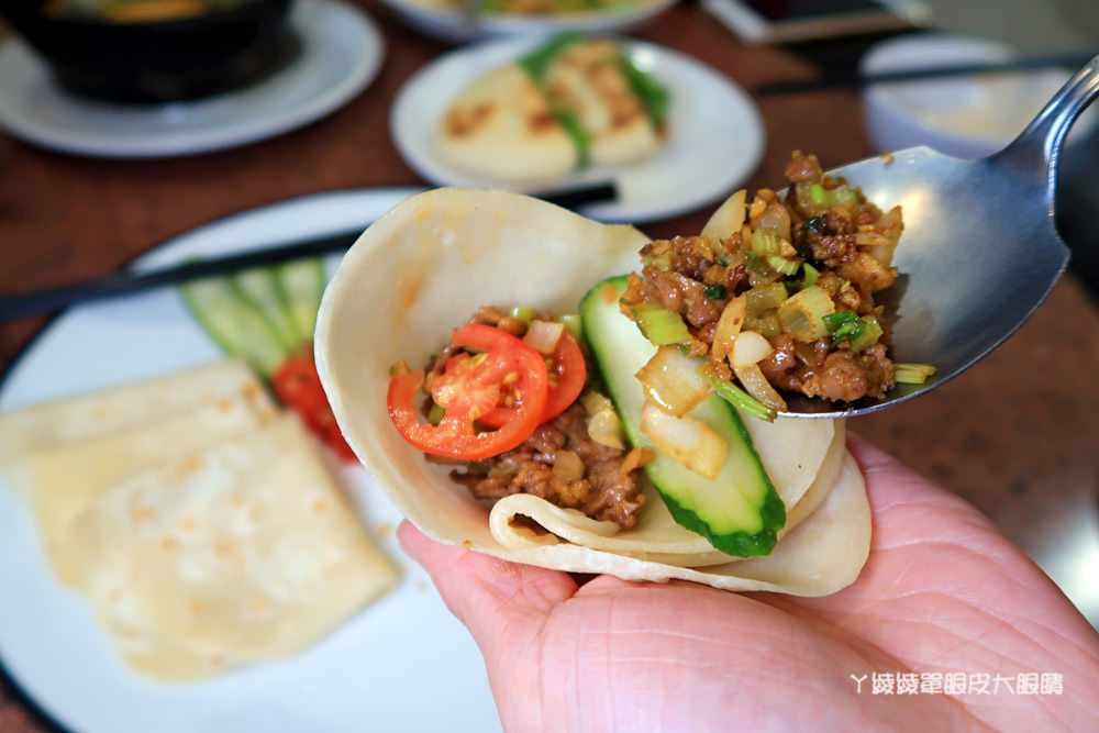 新竹美食推薦!長城小館回來了!你吃過一片片的麵嗎?超好吃的西北寧夏料理