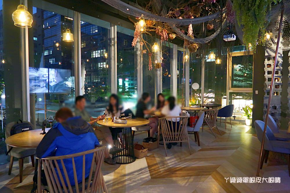 台北內湖捷運美食餐廳推薦,Lazy Point氣氛超好的餐酒館!來一碗孟婆湯