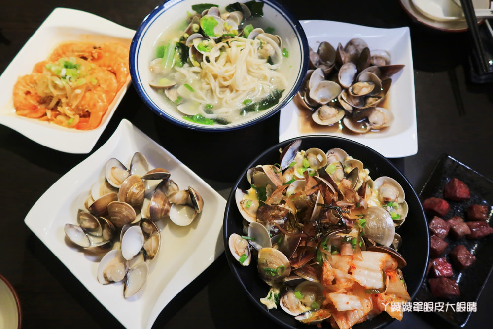 新竹城隍廟宵夜美食!海線享宴蛤蜊料理專賣店,姓徐的客人點主食可折三十元
