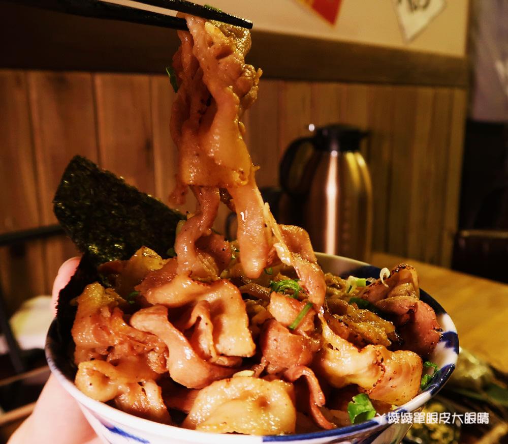 新竹燒肉丼飯推薦!牛丁次郎坊燒肉丼飯,百來元就吃得到平價燒肉丼飯!彰化排隊名店進軍新竹!