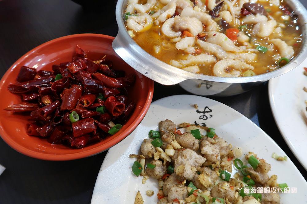 新竹平價火鍋|新開幕的筷樂點旋轉小火鍋,一鍋70元起!火鍋店還可以吃快炒!