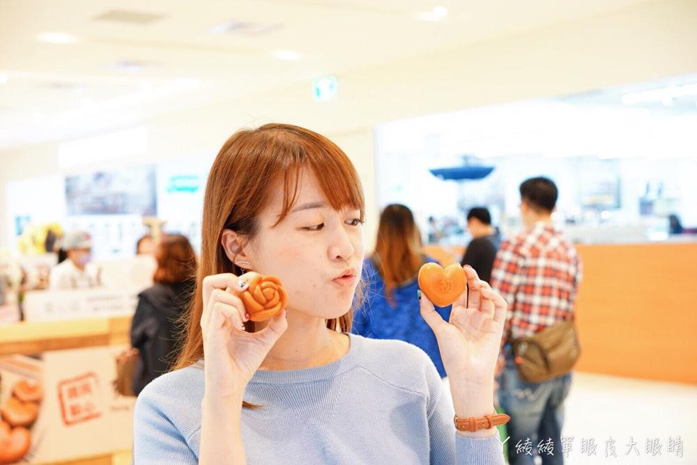新竹美食|紅玉滿赤心雞蛋糕巨城快閃店,只送不賣的玫瑰造型雞蛋糕