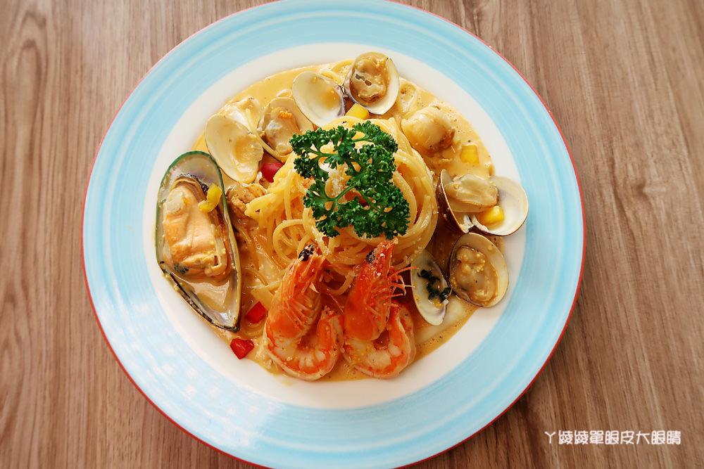聖誕大餐吃這個!15公分超大蝦子等著你!新竹清大美食推薦芙歐FULLPASTA義式餐廳