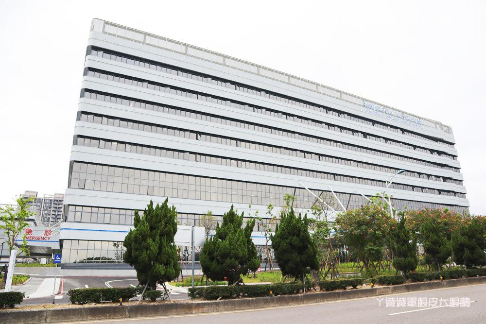 中國醫藥大學新竹附設醫院17日開放門急診及住院,網路掛號、門診時間表、地址、電話、停車場