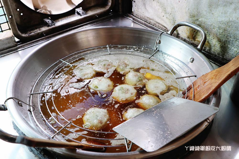 新竹肉圓推薦南寮手工肉圓,好吃的紅糟肉圓,骨仔肉湯只要三十元!