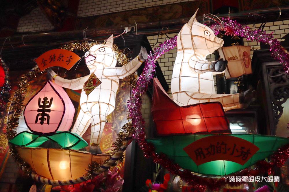 新竹都城隍廟花燈今日點燈,近三百件手工花燈作品將展示一個月