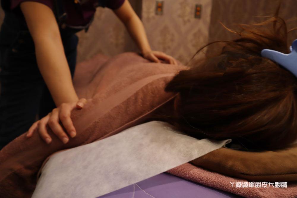 新竹按摩推薦!夏沐語足體概念養生會館,營業到凌晨的男女按摩指壓油壓、腳底按摩