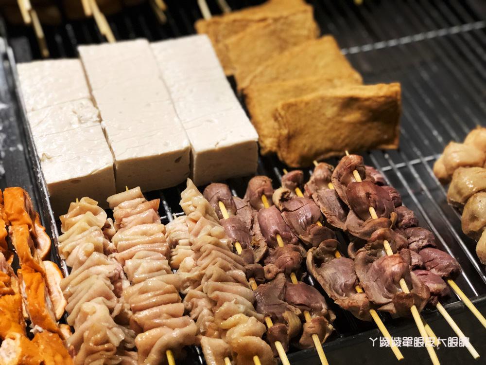 新竹宵夜推薦!三兄弟燒烤,東山街好吃的鹹酥雞!人氣招牌必點雞腿排跟魷魚