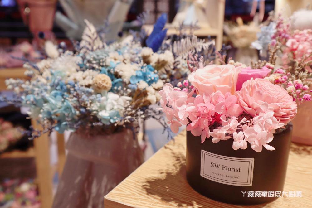 新竹畢業花束推薦小薇花藝工坊!乾燥花、不凋花等畢業花禮在新竹巨城威秀旁
