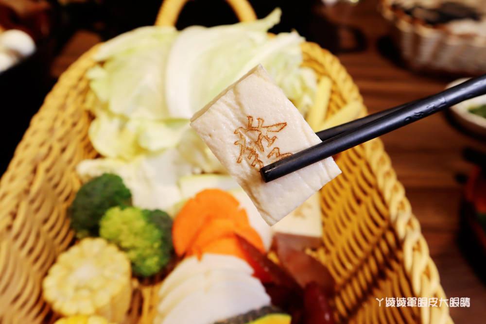 新竹火鍋推薦李私房鍋物!新竹火鍋必吃胡椒豬肚雞鍋,迪卡儂附近美食餐廳