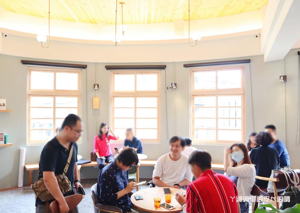 新竹老屋之美!結合閱讀、工藝、展覽及飲食空間的或者⼯藝櫥窗
