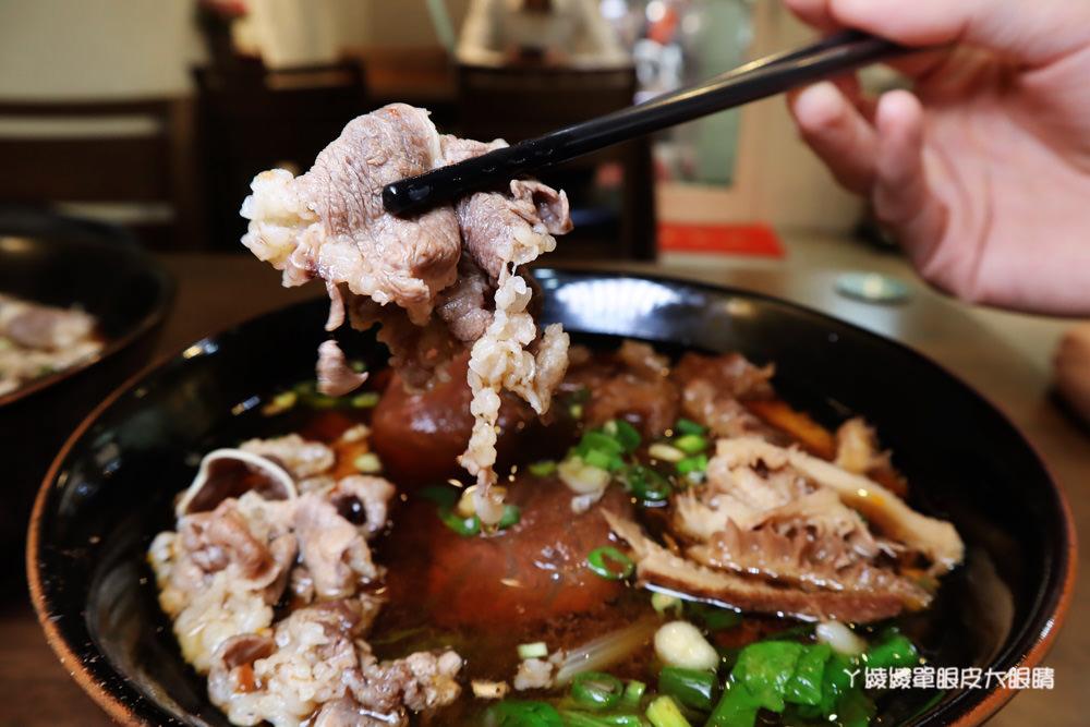 新竹牛肉麵推薦御噂醇汁牛肉麵館!獨家漢方配方湯頭、加麵加湯不加價,必點醇汁正宗滿漢牛肉麵