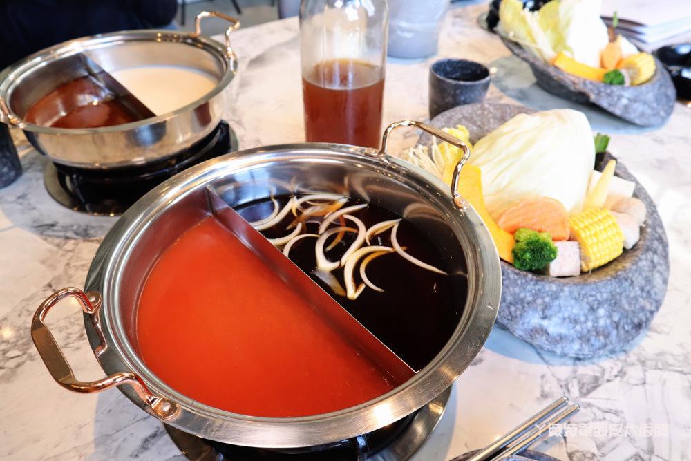 新竹火鍋月團圓火鍋,這間竹北火鍋店還可以賞月!全程桌邊服務,個人鴛鴦鍋滿足你的胃