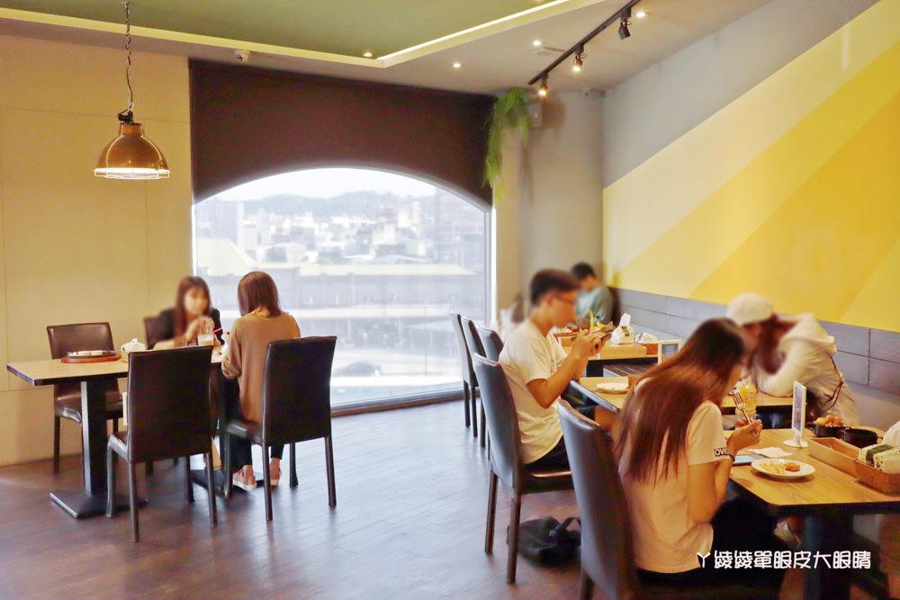 新竹火車站美食|超萌的熊熊奶茶跟珍珠披薩在牛室炙燒牛排!平日299元享自助吧吃到飽