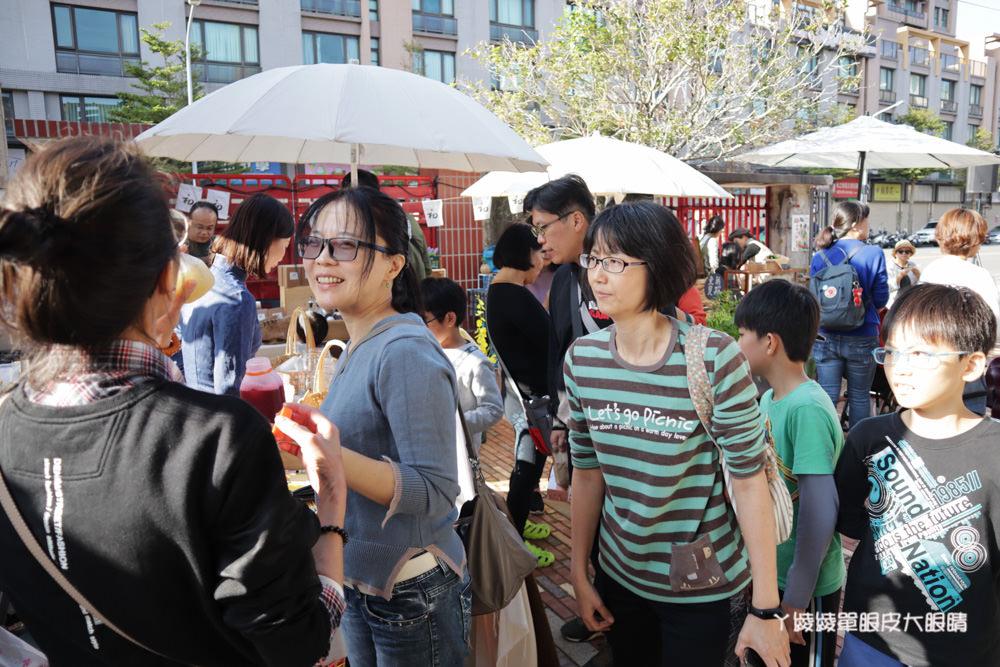 大煙囪生活復古派對x初心者市集!本週末一起打扮復古造型吃美食逛市集、欣賞眷村文化
