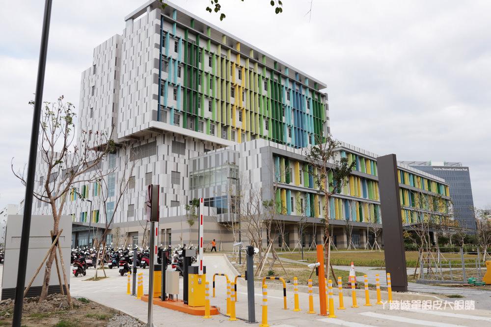 台大醫院新竹生醫園區分院正式營運,網路掛號、門診時間表、科別與醫師資訊查詢