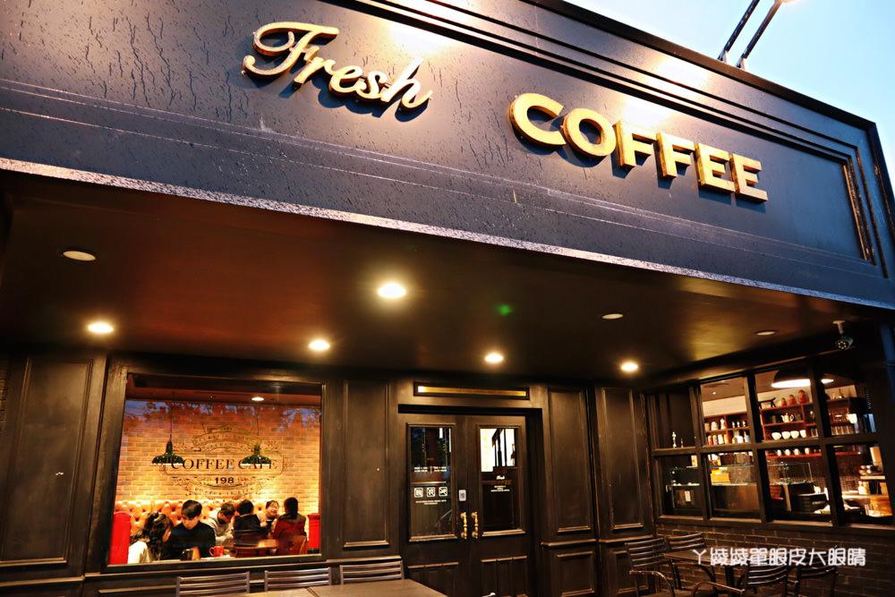 新竹南寮漁港198咖啡車回來囉!南寮漁港新打卡地標,元老級咖啡車正式回歸!