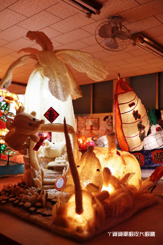 新竹都城隍廟元宵節鼠年花燈登場,來新竹城隍廟吃美食小吃賞花燈!花燈展期一個月