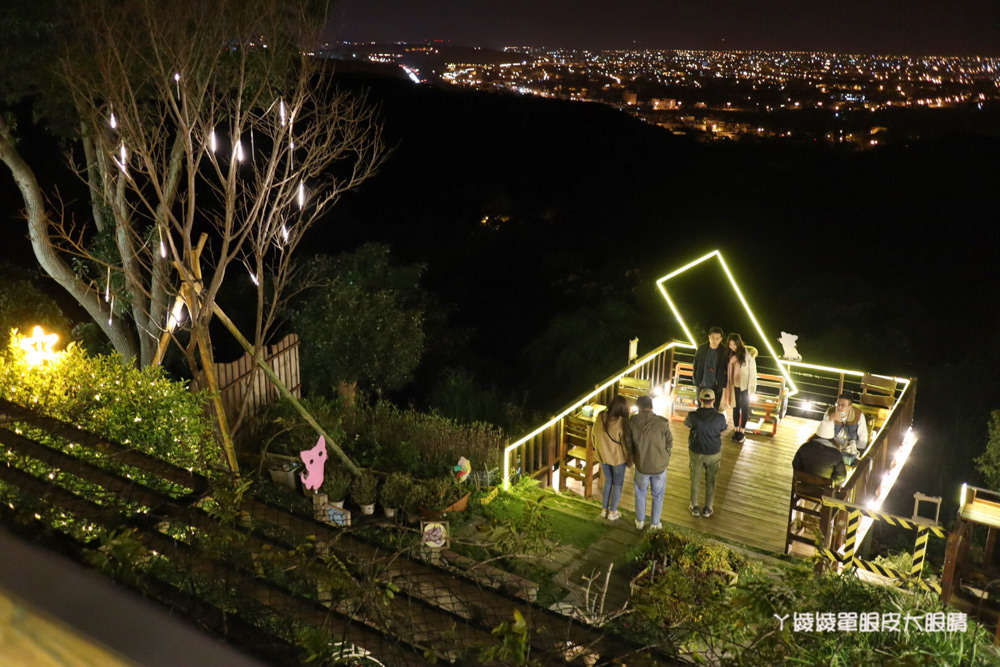 新竹湖口看夜景推薦Summer cafe!適合情侶約會的景觀咖啡廳,浪漫夜景可愛喵星人出沒