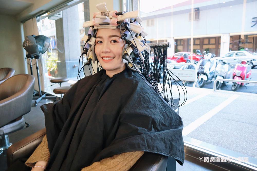 台中髮廊推薦夏森髮型設計|日系娃娃蓬鬆空氣感捲髮,台中燙染髮