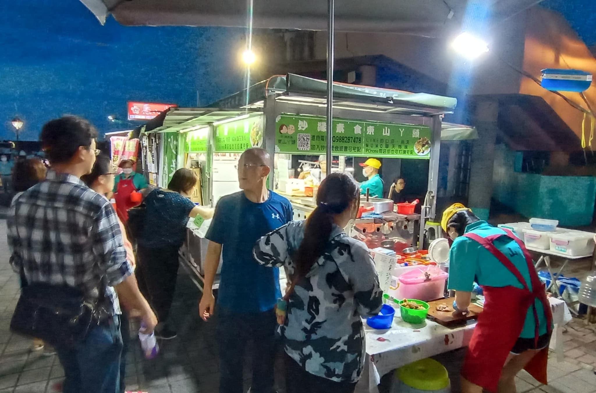 素食小夜市新竹巡迴場!全台限定版素食餐車快閃新竹大遠百,素食朋友追起來!