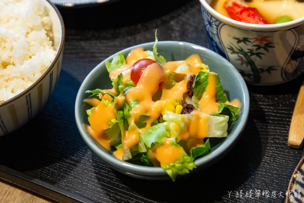 新竹東門市場美食推薦樂陽食堂!來自竹北的平價日式咖哩豬排飯,百元上下就可以吃到的新竹美食