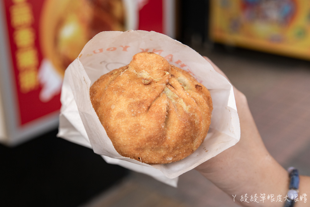 新竹清大夜市美食推薦99元外帶牛排套餐!比拳頭還大的蚵蛋包,外帶牛排飲料濃湯二選一加送薯條不用百元