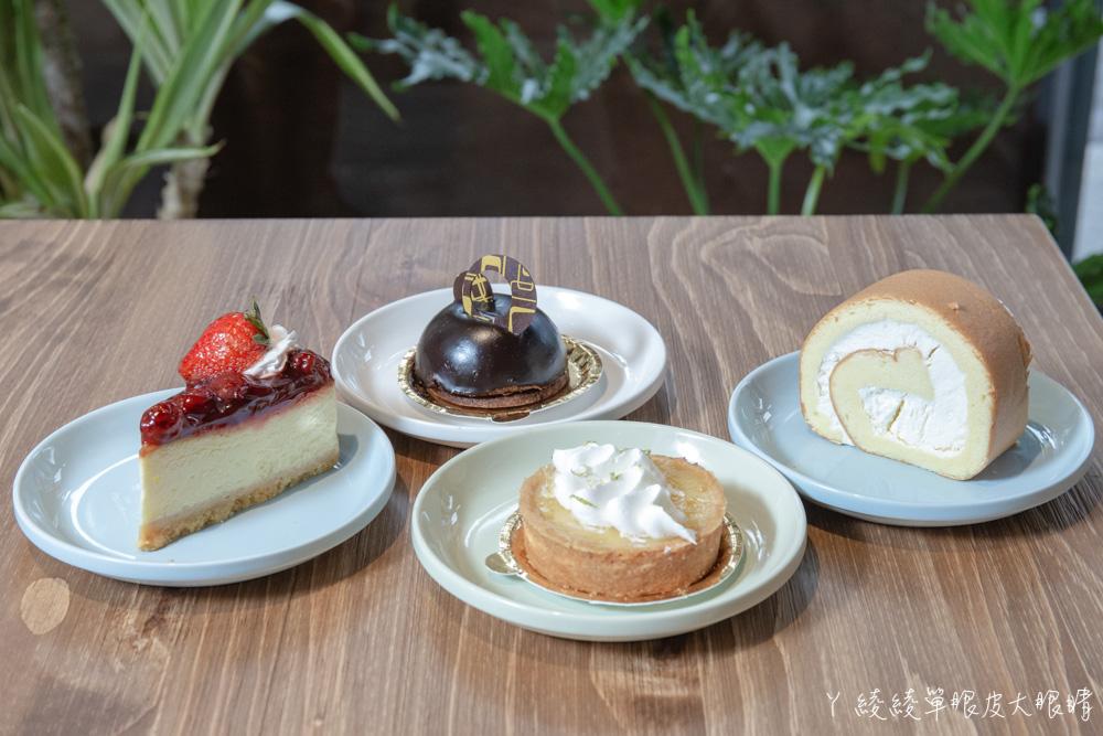 新竹巨城附近早午餐推薦格林小鎮!平價早午餐兼賣麵包甜點,點主餐免費招待麵包吃到飽
