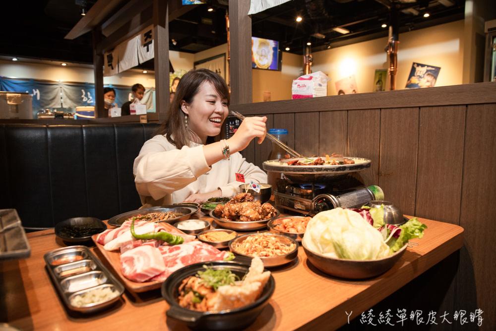 超讚豬五花通通吃爆!韓國烤肉怎麼點才划算?當日壽星免費送超浮誇燒肉蛋糕