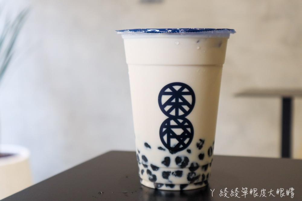 老竹北人的回憶!天橋下的老泡沫紅茶店搖身一變文青飲料店!內用不限時,新推出鮮奶茶系列