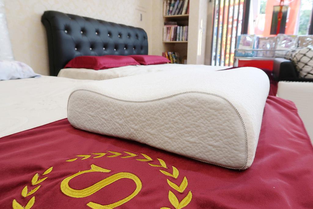 高雄床墊去哪買?床工場生活館,不試躺不准買