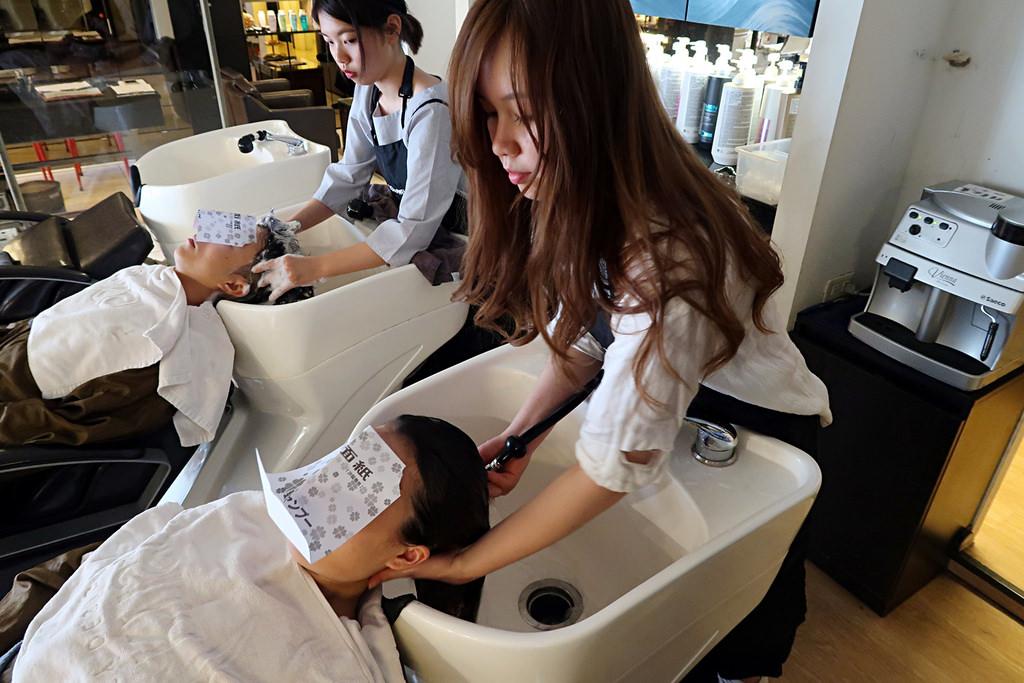 ▌新竹美髮 ▌沐伊Mooi Beauty Salon ♡ 新竹巨城護髮推薦,甜美設計師Angela萱萱