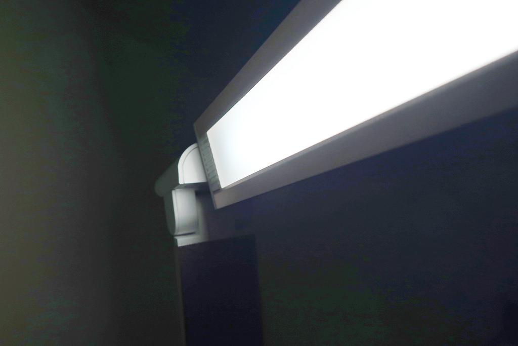 德國Luxy Star 樂視達|鋁合金USB充電LED護眼檯燈(玫瑰金),推薦觸控面板點亮時尚生活美學