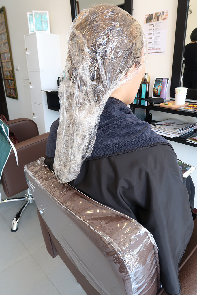 新竹清大美髮|質感染髮推薦《堇川 髮 . 專業紋繡》設計師 Kimmy