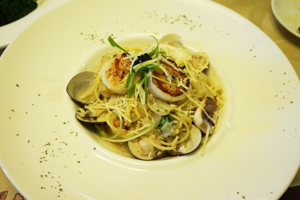 ▌新北‧蘆洲美食 ▌免費抽獎!! 推薦♥ Grasso胖肚子•小餐館 ♥ 比50元硬幣還大的干貝