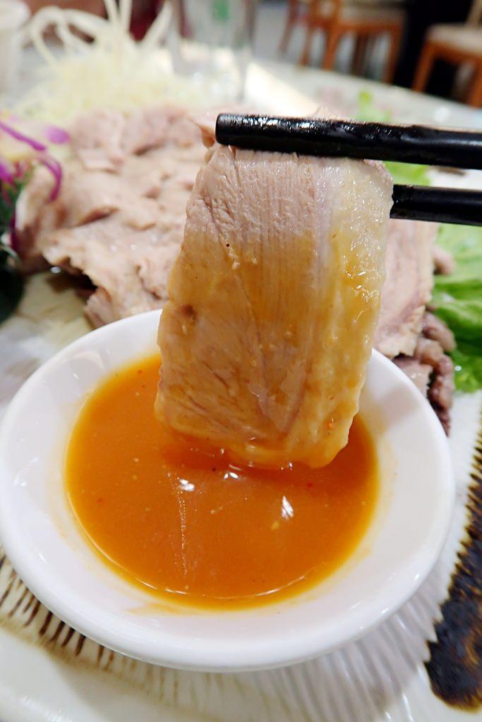 新北三峽老街必吃平價美食!姊妹海鮮鵝肉城,一盤平均不到兩百