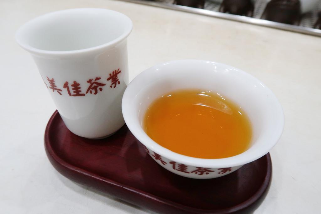 台北大安茶行推薦!雋美佳茶葉店,用好茶換來兩張笑臉