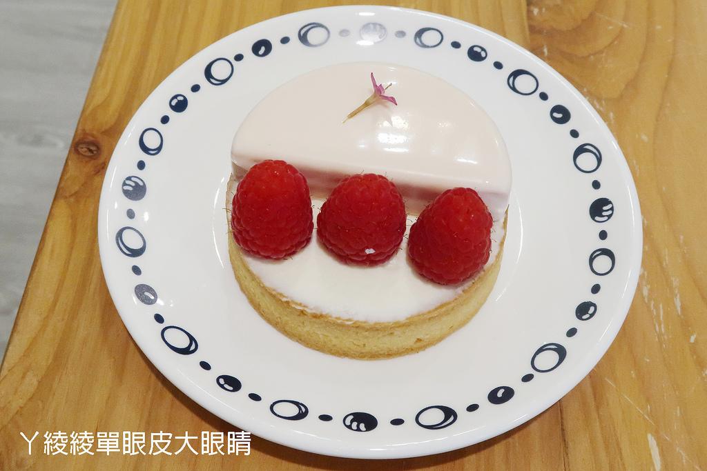 新竹手工甜點推薦紅帽烘焙,新竹大遠百附近下午茶|伴手禮|彌月蛋糕|宅配團購