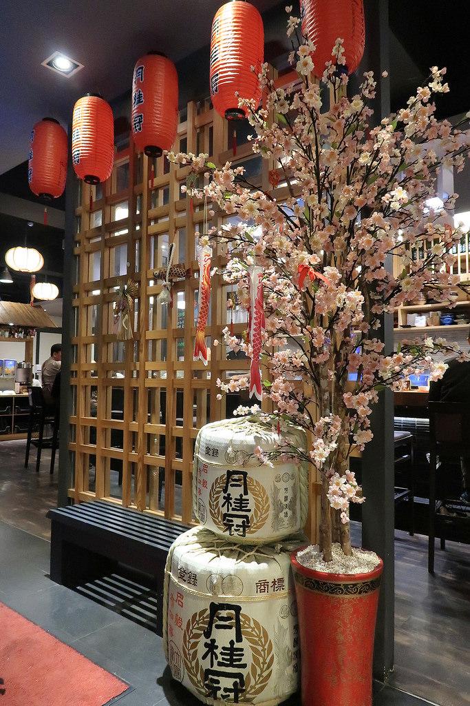 新莊 八雲町和牛海鮮鍋物 ♡ 豪華帝王蟹火鍋吃到飽!日本料理、火鍋、壽喜燒、生魚片、壽司、肉品、手卷、炸物、烤物應有盡有