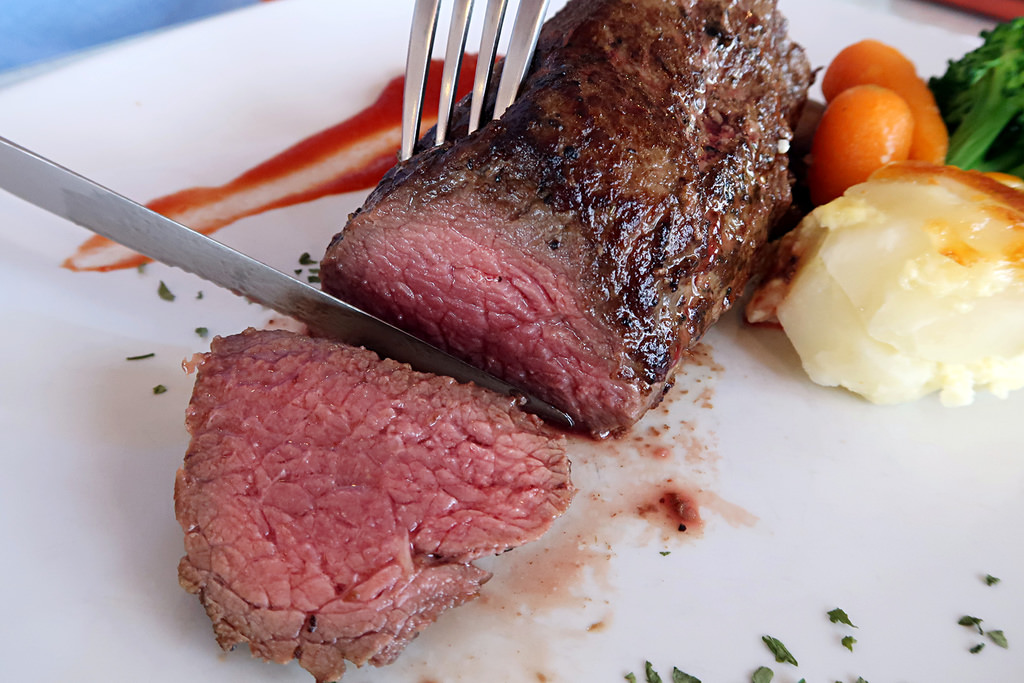 台中一中附近的肉品批發專賣店:日盛牛肉牛排館